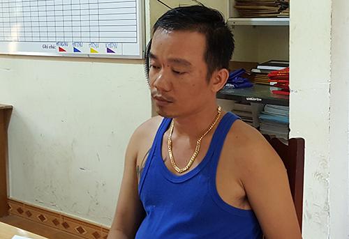 Cường bị bắt sau 2 giờ tử thủ trong phòng trọ nạn nhân. Ảnh: Khánh Hương