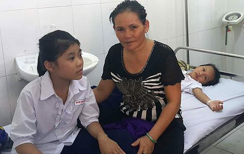 Hậu Giang: Gần 500 học sinh miền Tây nhập viện sau uống sữa tại trường