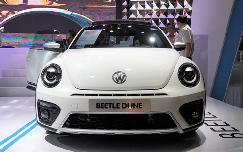 volkswagen-beetle-dune-con-bo-gia-1-47-ty-cho-khach-viet-page-2
