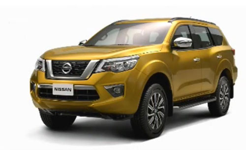 nissan-ra-mat-suv-canh-tranh-toyota-fortuner-vao-2018