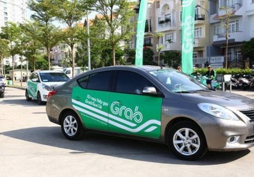 bo-giao-thong-yeu-cau-xe-uber-grab-dan-logo