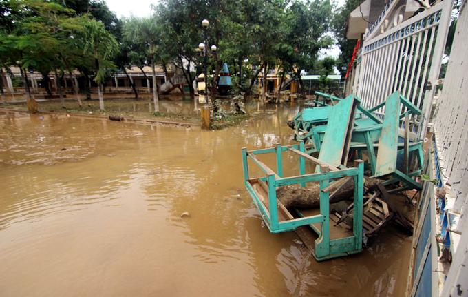 Vùng rốn lũ Quảng Nam nhuốm màu bùn non - Ảnh minh hoạ 11