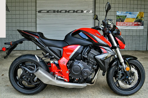 honda-cb1000r-the-he-moi-tro-ve-voi-phong-cach-co-dien-1