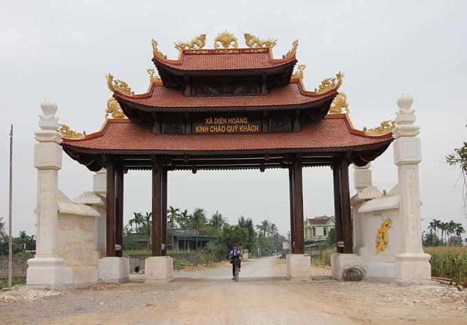 Xã dựng cổng chào hơn 4 tỷ đồng ở Nghệ An: Liệu có lãng phí?