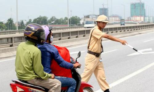 Những giải đáp giúp bạn tự tin đi đúng luật giao thông