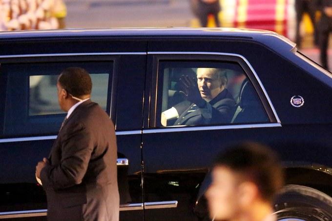 Ông Trump rời máy bay về khách sạn trung tâm Hà Nội - Ảnh minh hoạ 14