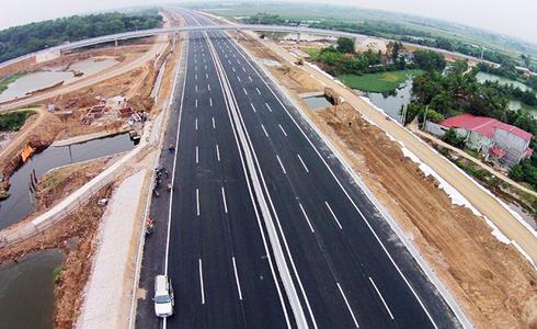 Phí cao tốc Bắc - Nam khởi điểm 1.500 đồng/km/xe