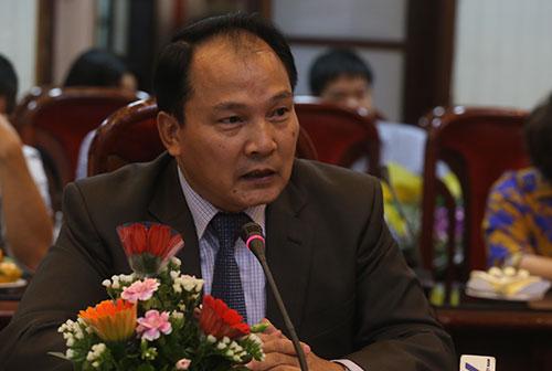 tiet-kiem-450-ty-dong-moi-nam-neu-bo-ban-sao-chung-thuc-so-ho-khu