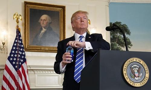 """Tranh cãi về """"thành công vang dội"""" khi công du châu Á của Trump"""