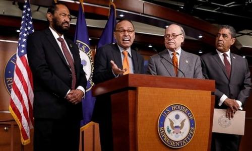 6 nghị sĩ Dân chủ nêu 5 lý do để luận tội ông Trump