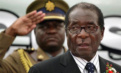 Tổng thống Zimbabwe không chấp nhận từ chức