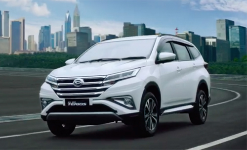 toyota-rush-2018-tieu-fortuner-the-he-moi-ra-mat-1