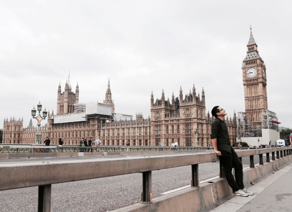 london-cham-den-giac-mo-di-de-tro-lai