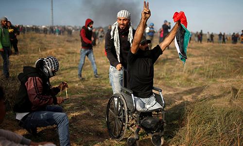 nguoi-bieu-tinh-palestine-ngoi-xe-lan-bi-ban-chet-khi-dung-do-quan-doi-israel
