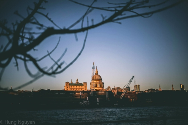 London Tháng 12 - 5