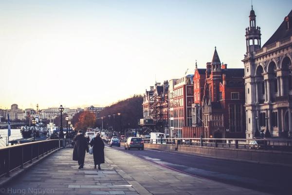London Tháng 12 - 9