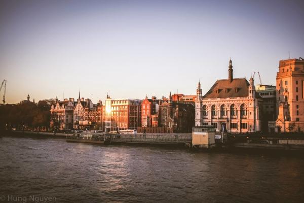London Tháng 12 - 6