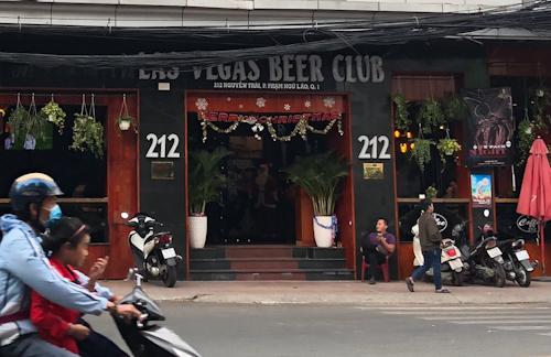 Quán bar Las Vegas bị xác định liên tục có nhiều vi phạm. Ảnh: Tuyết Nguyễn.