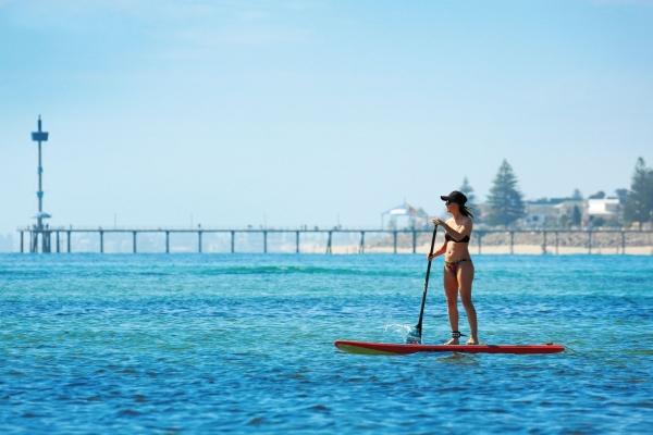 Adelaide dưới nắng mặt trời - 1