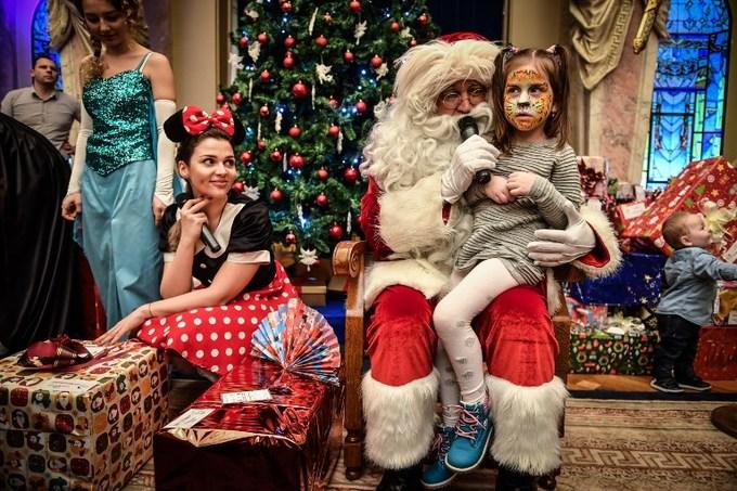 Thế giới tưng bừng đón Giáng sinh