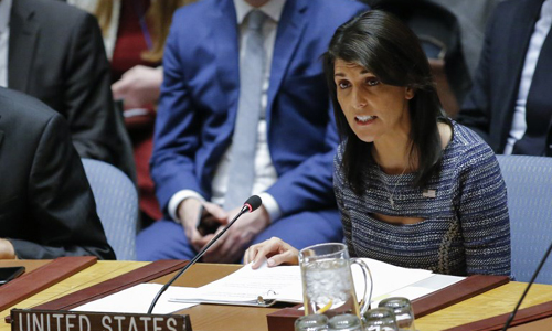 Đại sứ Mỹ tại Liên Hợp Quốc Nikki Haley phát biểu sau cuộc bỏ phiếu tại Hội đồng Bảo an. Ảnh: AFP.
