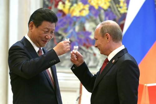 Nga và Trung Quốc nhiều khả năng sẽ tăng cường hợp tác để đối phó với Mỹ. Ảnh: AFP.