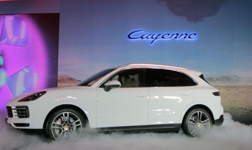 Mẫu Porsche Cayenne có giá bán hiện nay khoảng 5,47tỷ đồng.