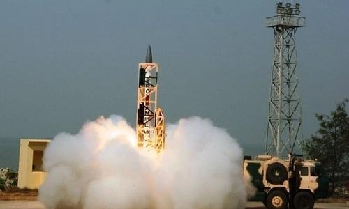 Ấn Độ thử thành công tên lửa đánh chặn siêu thanh