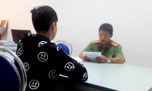 """Thanh niên livestream """"Cô Ba Sài Gòn"""" bị phạt 15 triệu đồng"""