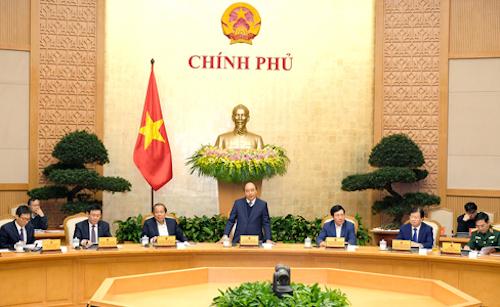 Thủ tướng Nguyễn Xuân Phúc phát biểu tại phiên họp Chính phủ thường kỳ cuối năm 2017. Ảnh: VGP