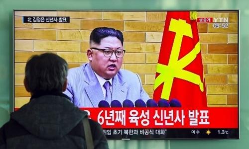 """Kim Jong-un: """"Nút kích hoạt hạt nhân luôn nằm trên bàn làm việc"""""""