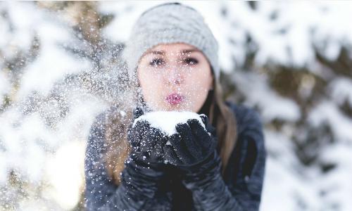 """Những thành ngữ tiếng Anh với từ """"cold"""""""
