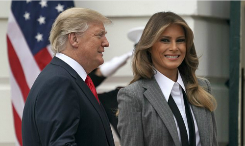 Đệ nhất phu nhân Mỹ Melania và Tổng thống Trump. Ảnh: AP.