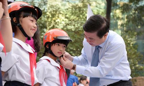 TP HCM được tuyên dương vì lượng người đội mũ bảo hiểm cao