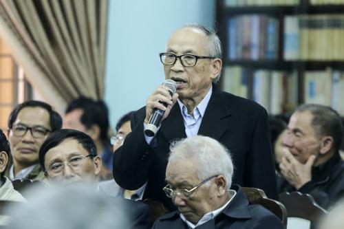 Ông Đặng Vân đề nghị làm rõ nhiều câu hỏi liênquan đến ông Vũ nhôm. Ảnh: Nguyễn Đông.