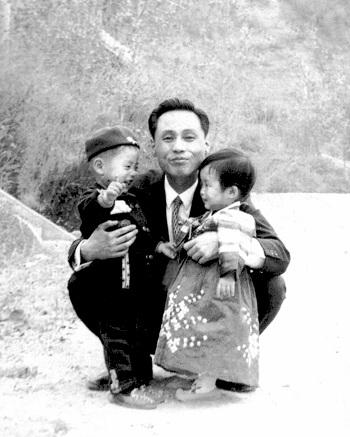Hành trình tìm người bố trên chuyến bay bị Triều Tiên cướp 49 năm trước - ảnh 1