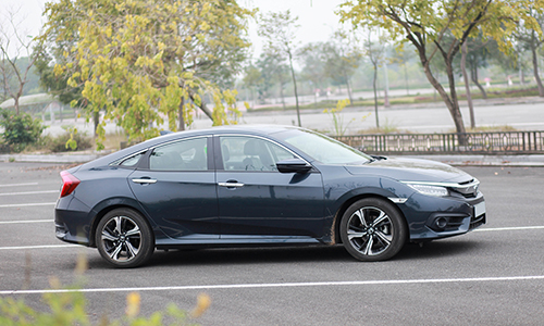 Honda Civic được kỳ vọng có mức giá dễ chịu hơn trong 2018. Ảnh: Lương Dũng.