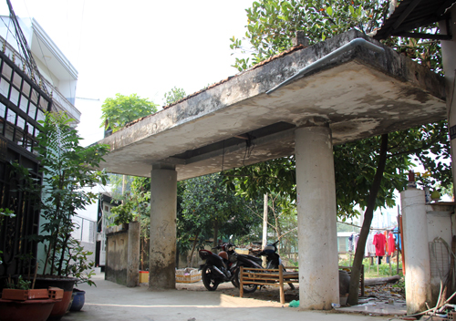 Cổng dẫn vào lò gốm cổ ở Sài Gòn. Ảnh: Duy Trần