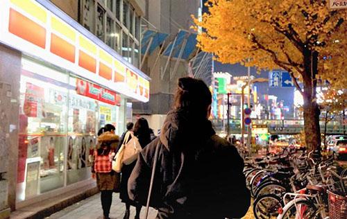 Nan, người Myanmar, đến Nhật Bản vào tháng 11/2016 theo chương trình tu nghiệp sinh nghề, làm việc tại một công ty may ở tỉnh Aichi. Ảnh: Japan Times.
