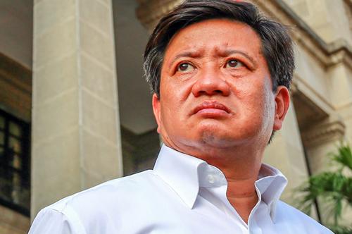 Phó chủ tịch UBND quận 1 Đoàn Ngọc Hải trong lần ra quân dẹp vỉa hè. Ảnh: Nguyễn Thành.