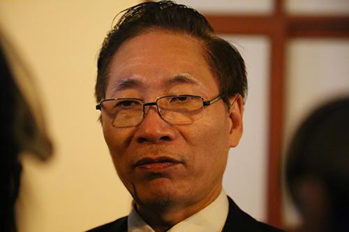 Luật sư Nguyễn Văn Chiến sau một ngay khai mạc phiên tòa.