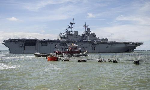 Tàu đổ bộ tấn công USS Wasp của hải quân Mỹ. Ảnh: US Marine.