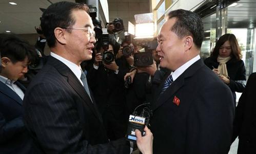 Hàn Quốc cân nhắc tạm dỡ lệnh trừng phạt Triều Tiên