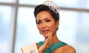 Hoa hậu H.Hen Niê khóc khi nói về các cô gái ở buôn làng