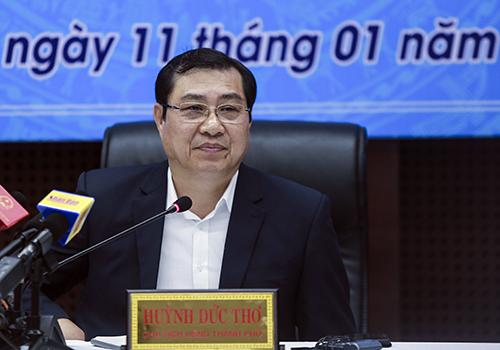Ông Huỳnh Đức Thơ thông tin tại buổi họp báo. Ảnh: Nguyễn Đông.
