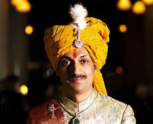Hoàng tử đồng tính Ấn Độ mời cộng đồng LGBT đến cung điện