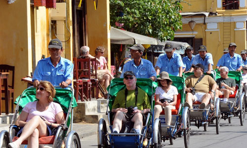 Phó thủ tướng: 13 triệu du khách đến Việt Nam chưa là gì với thế giới