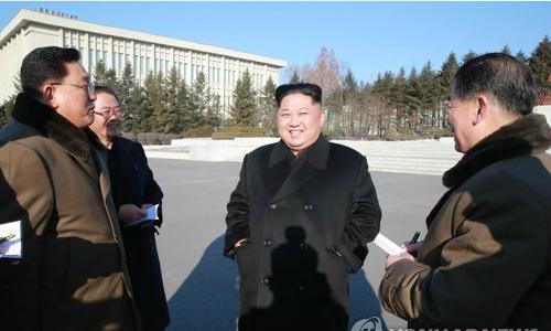 Kim Jong-un nói về bí mật chống chịu lệnh trừng phạt