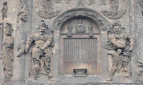 Công trình điện thờ xây dưới triều Liêu ở Bắc Kinh. Ảnh: Frederic J. Brown.