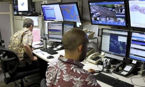 Khoảnh khắc hoảng loạn của người Hawaii vì báo động tên lửa giả